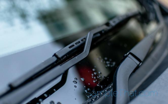 Free Mercedes-Benz Wiper Blades